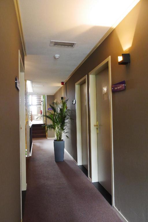 Room photo 8726388 from Alp de Veenen Hotel in Amstelveen