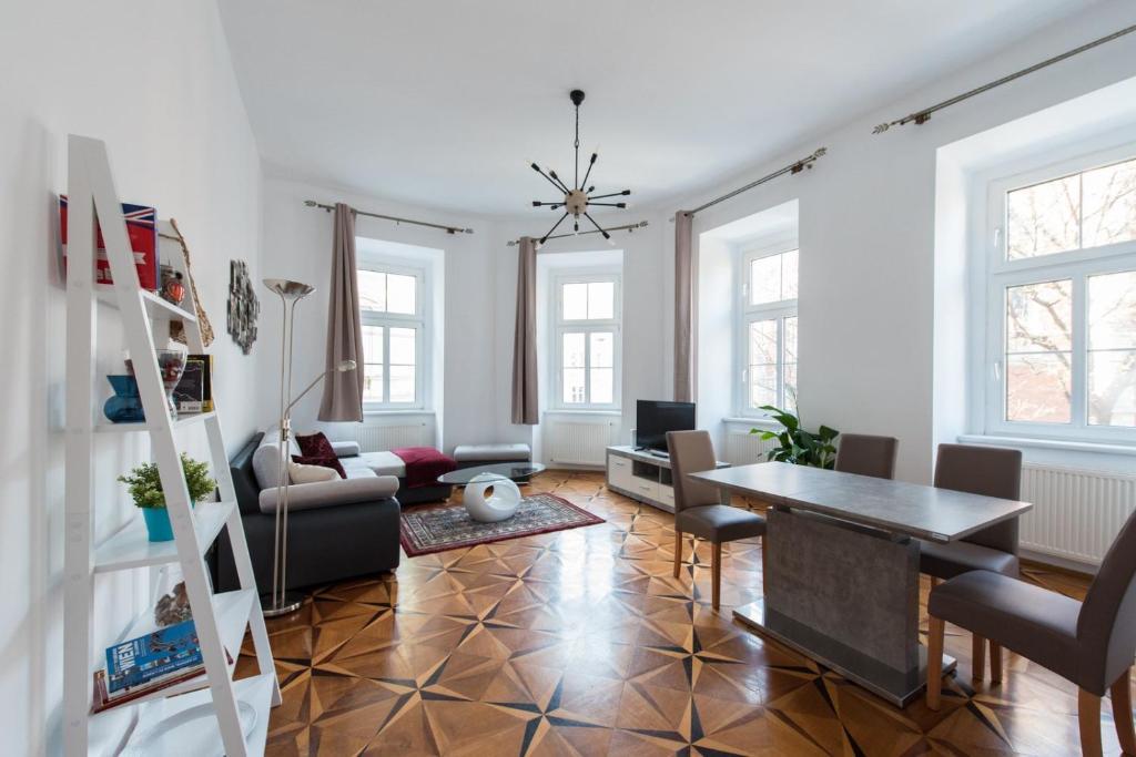 Belvedere Central Apartment