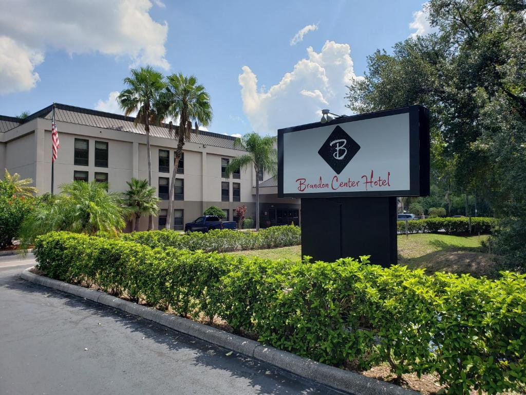 Brandon Center Hotel, An IHG Property