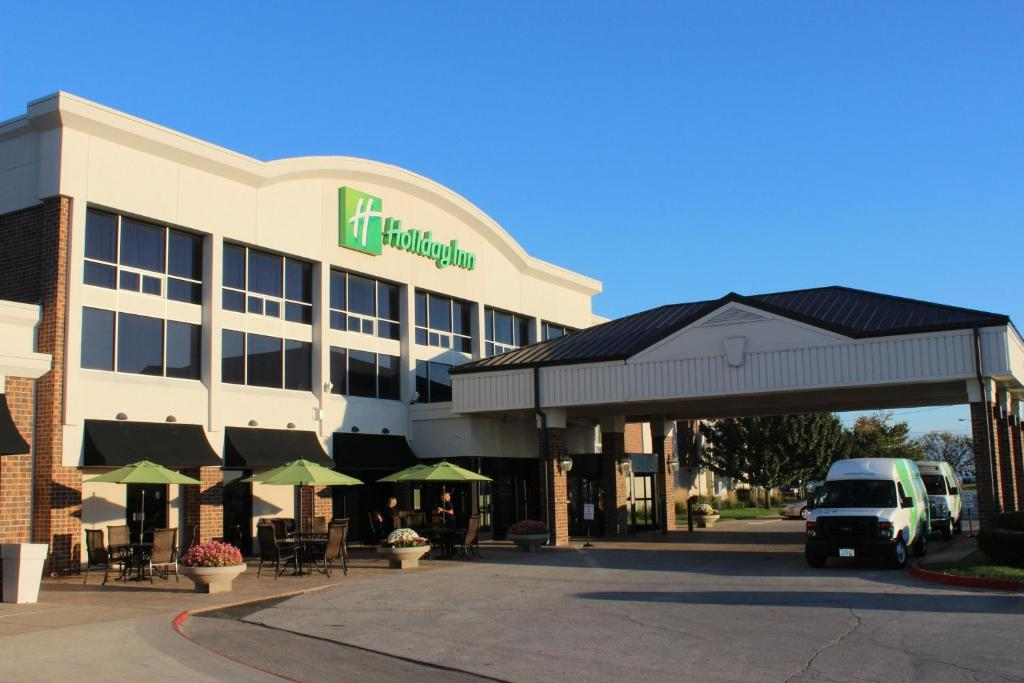 Holiday Inn Des Moines-Airport Conference Center, an IHG Hotel