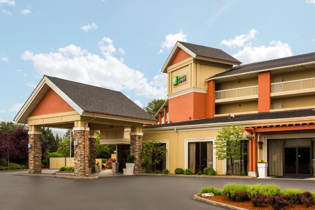 Holiday Inn Express Roseburg, an IHG Hotel