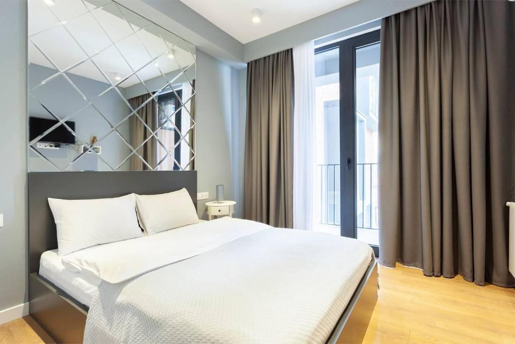 Wehost Apartment In a luxurious building