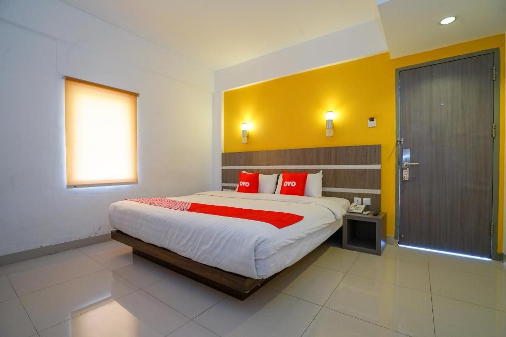 OYO 1727 Hotel 929