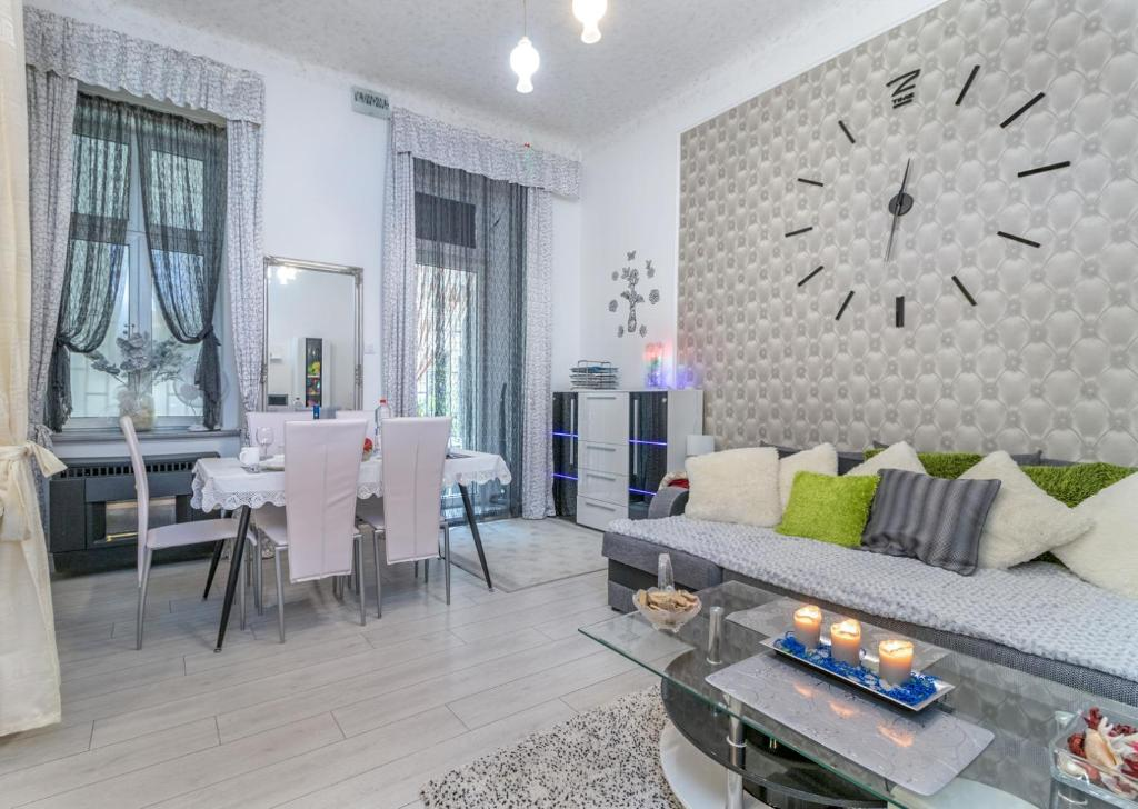 Grey Orchid Apartment