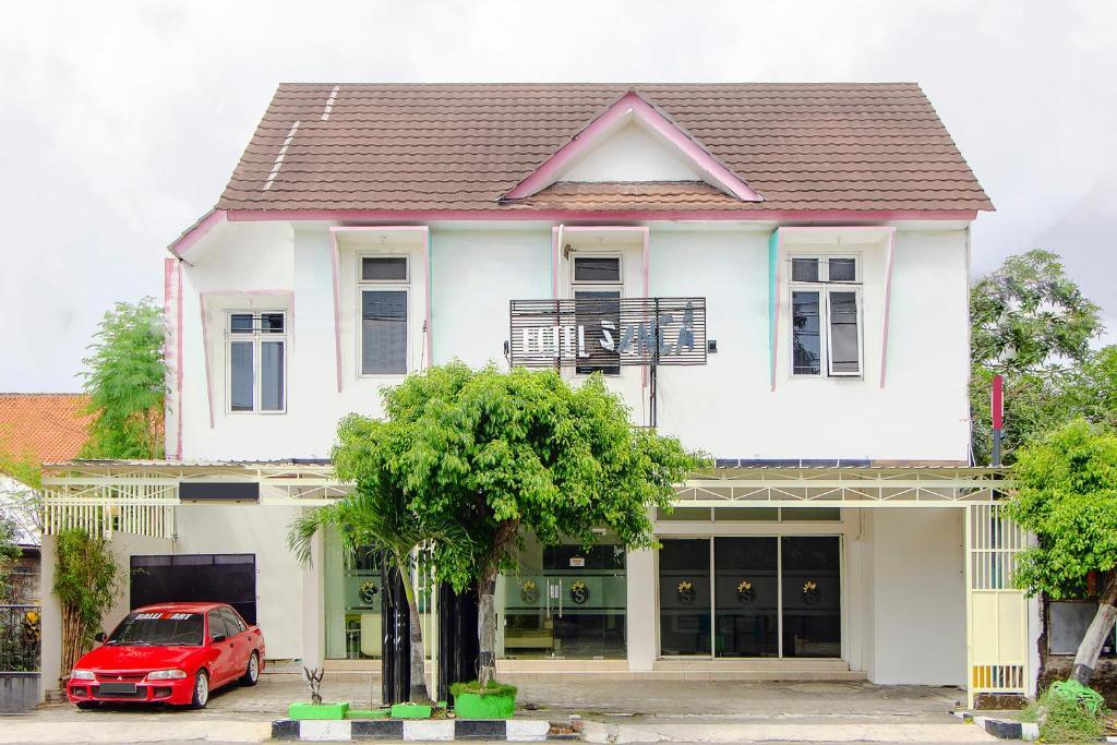 OYO 2105 Hotel Sanca Inn