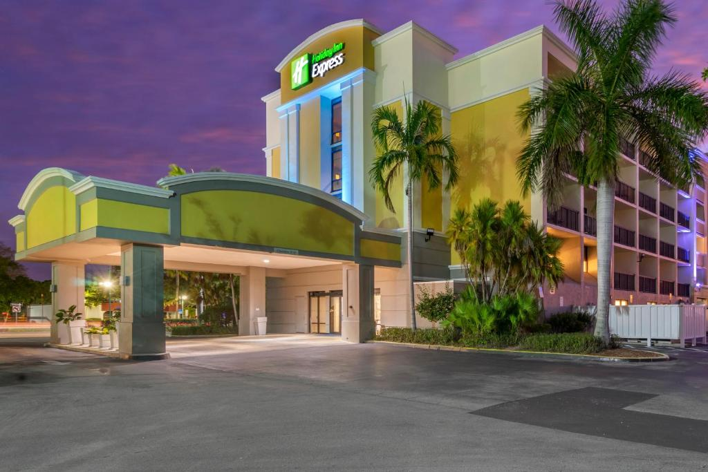 Holiday Inn Express Cape Coral-Fort Myers Area, an IHG Hotel