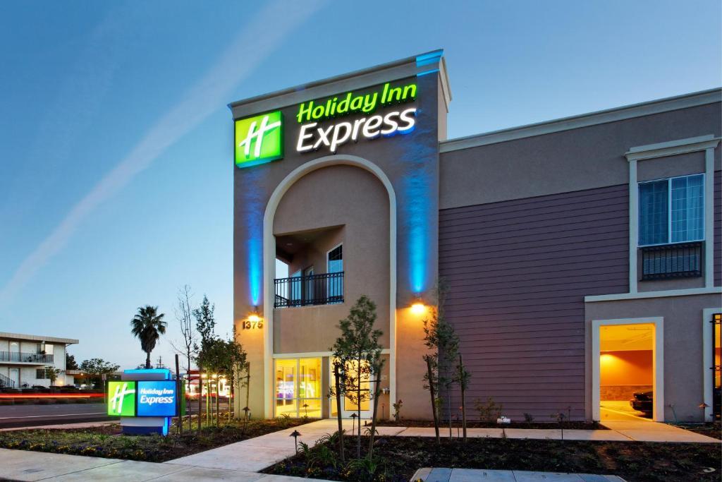 Holiday Inn Express Benicia, an IHG Hotel