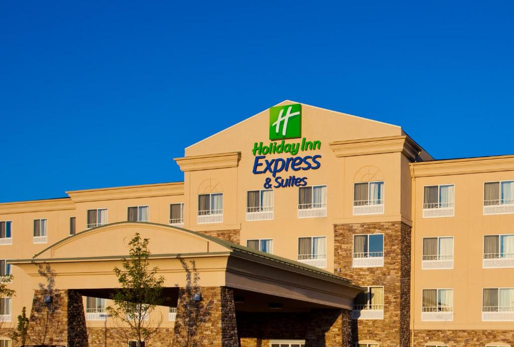 Holiday Inn Express Hotel & Suites Waukegan/Gurnee, an IHG Hotel