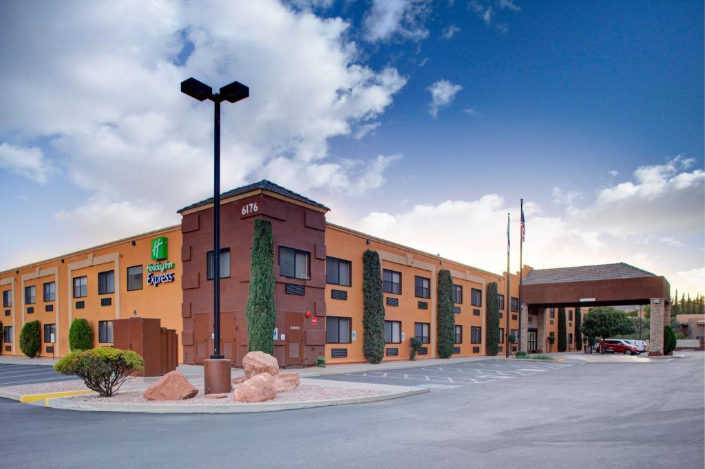 Holiday Inn Express Sedona - Oak Creek, an IHG Hotel