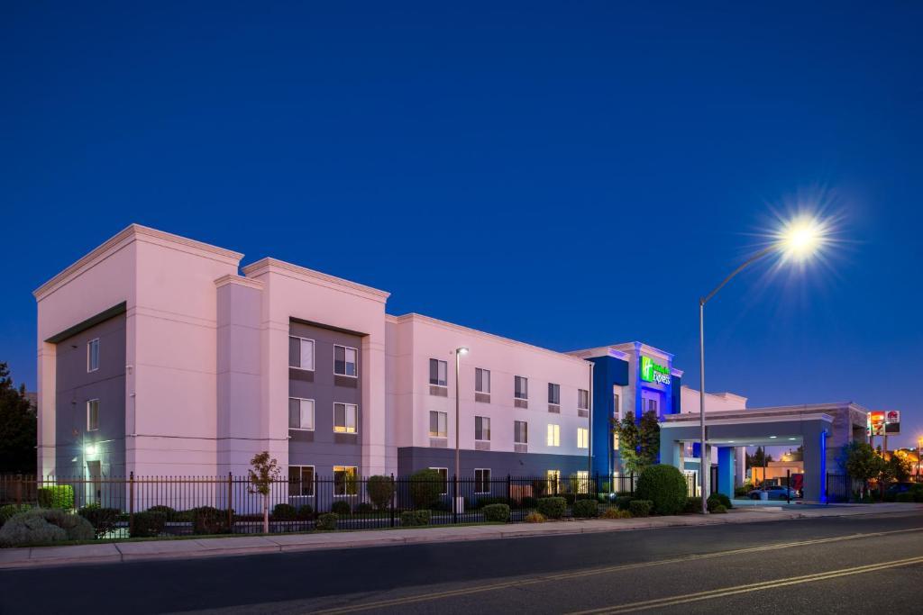 Holiday Inn Express Stockton Southeast, an IHG Hotel