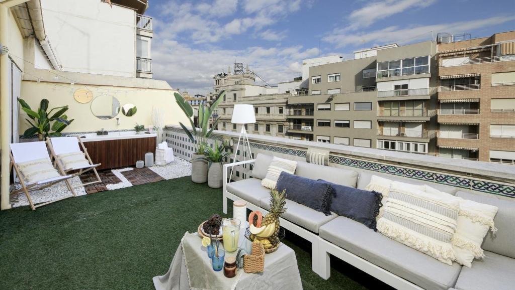 Prime Holidays, Penthouse Puerta Real Views