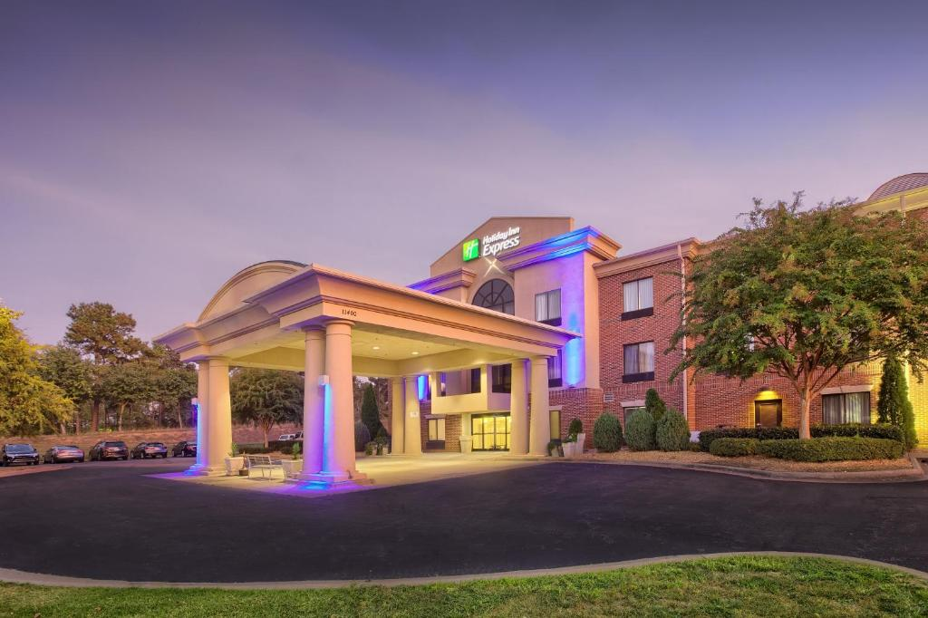 Holiday Inn Express Hotel & Suites Raleigh North - Wake Forest, an IHG Hotel