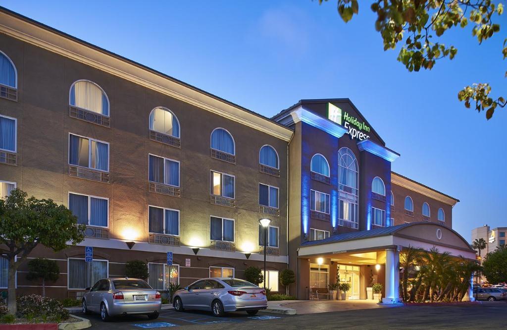 Holiday Inn Express San Diego - Sorrento Valley, an IHG Hotel