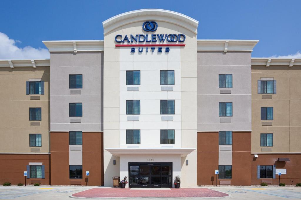 Candlewood Suites Dickinson, an IHG Hotel