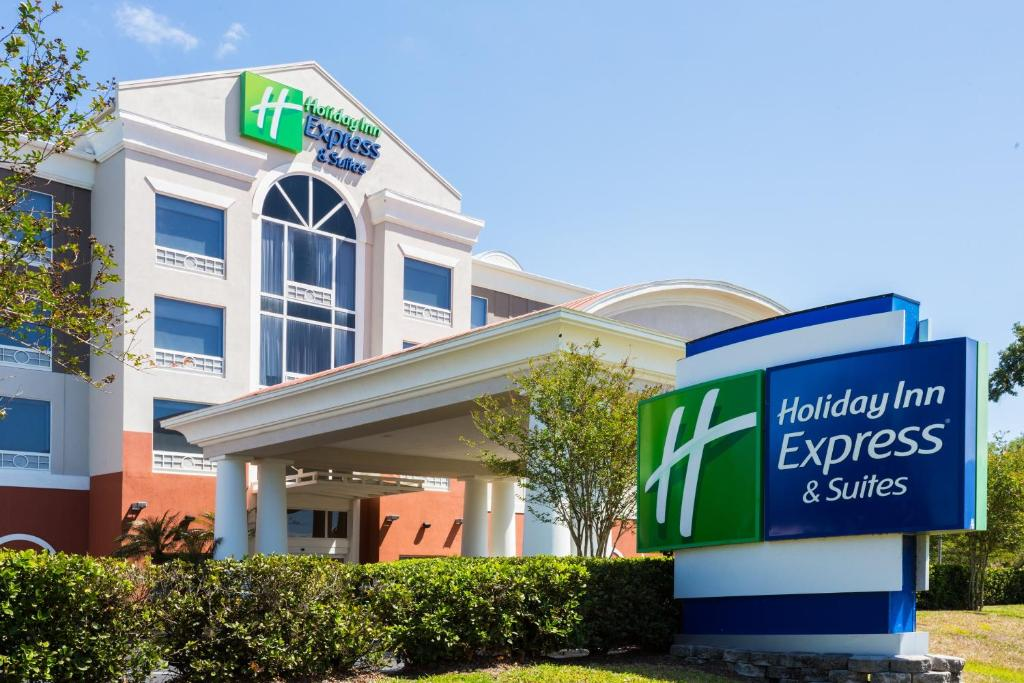Holiday Inn Express Hotel & Suites Tampa-Fairgrounds-Casino, an IHG Hotel