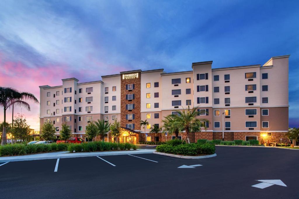 Staybridge Suites - Fort Lauderdale Airport - West, an IHG Hotel