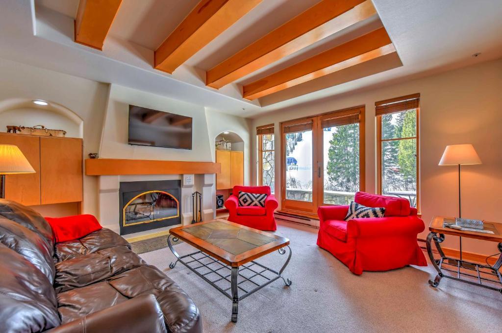 Ski-In and Ski-Out Solitude Mountain Resort Condo!