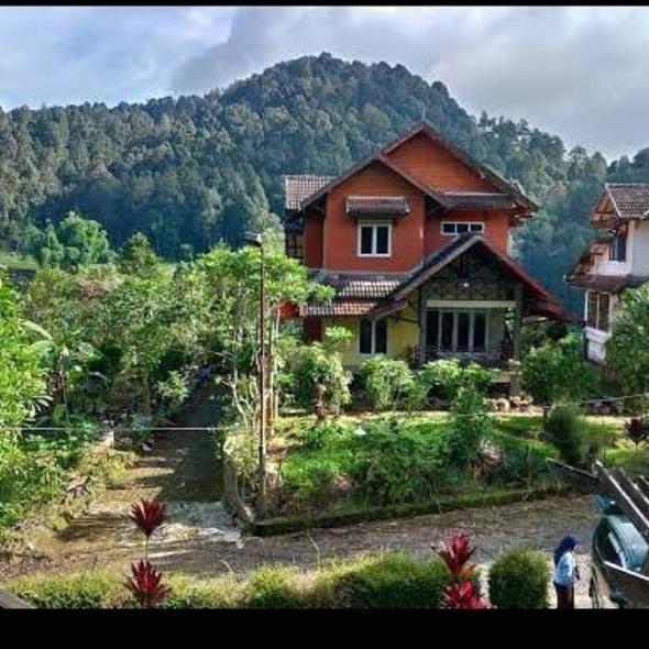 Villa Captain Elwin Argapuri Gambung, Ciwidey