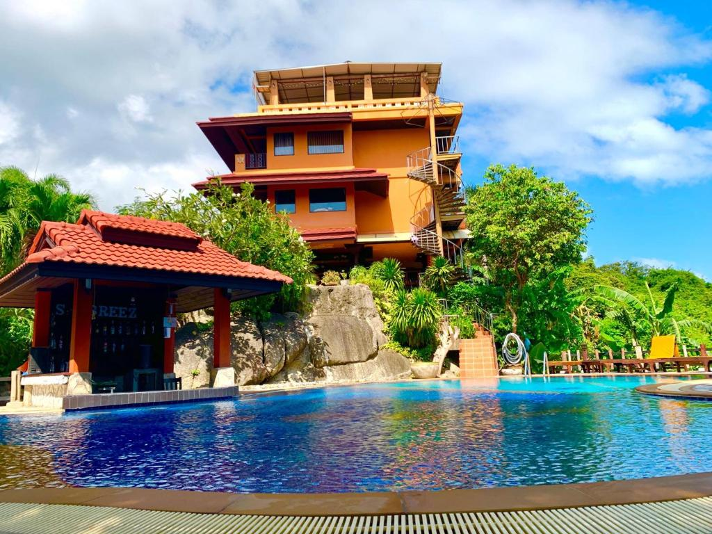 Sea Breeze Resort - SHA Plus