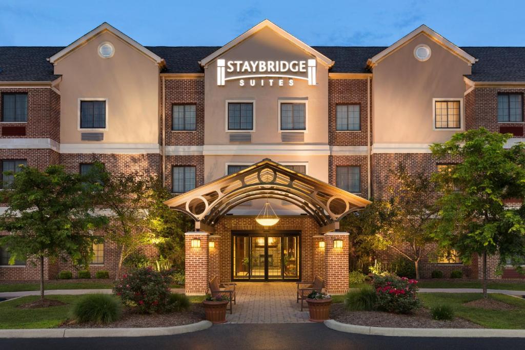 Staybridge Suites Akron-Stow-Cuyahoga Falls, an IHG Hotel