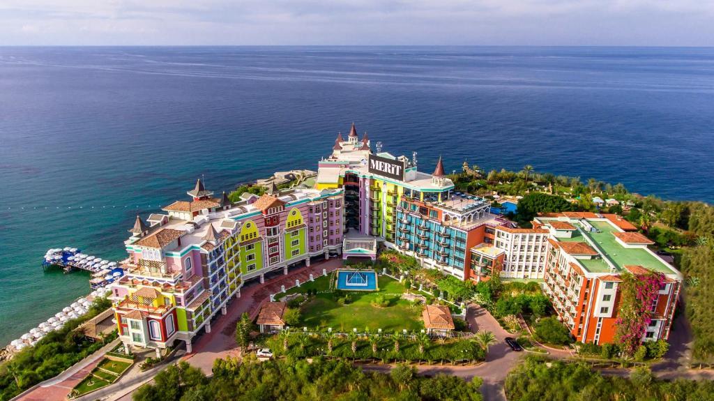 Merit Crystal Cove Hotel Casino & SPA