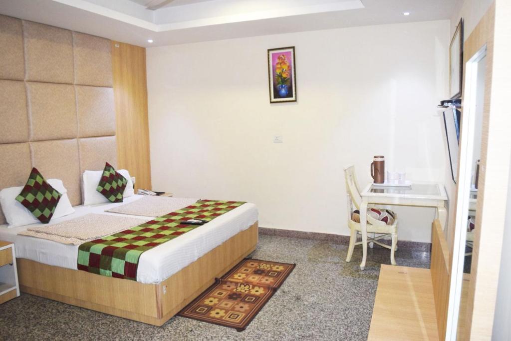 Airport Hotel Paramont Luxury Dream Delhi