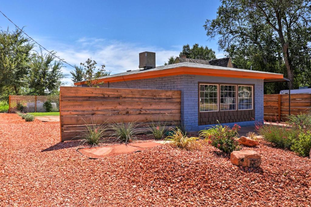 The Bungalow in Heart of Downtown Kanab!