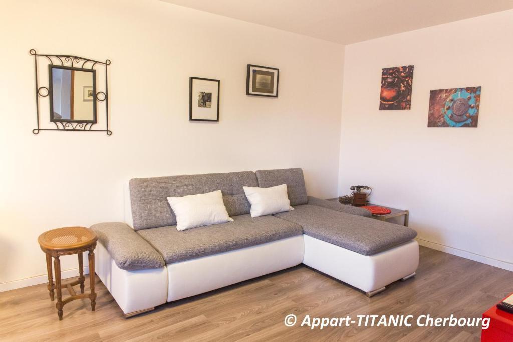 appart titanic cherbourg centre port cherbourg en cotentin viamichelin informationen und. Black Bedroom Furniture Sets. Home Design Ideas