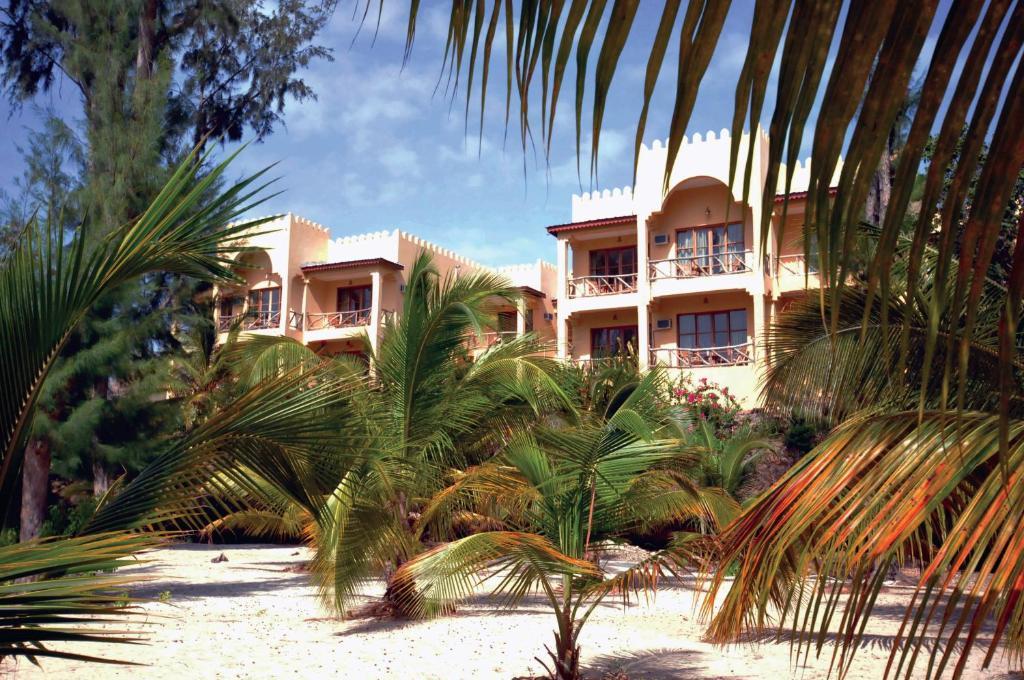 Sunset Kendwa Beach Hotel