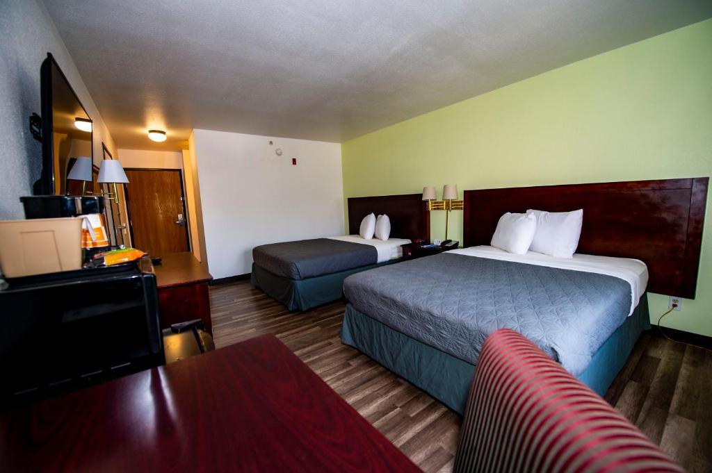 Rodeway Inn Central Colorado Springs