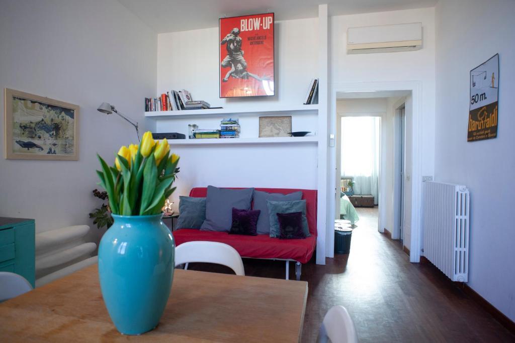 Morimondo House: fashion & design