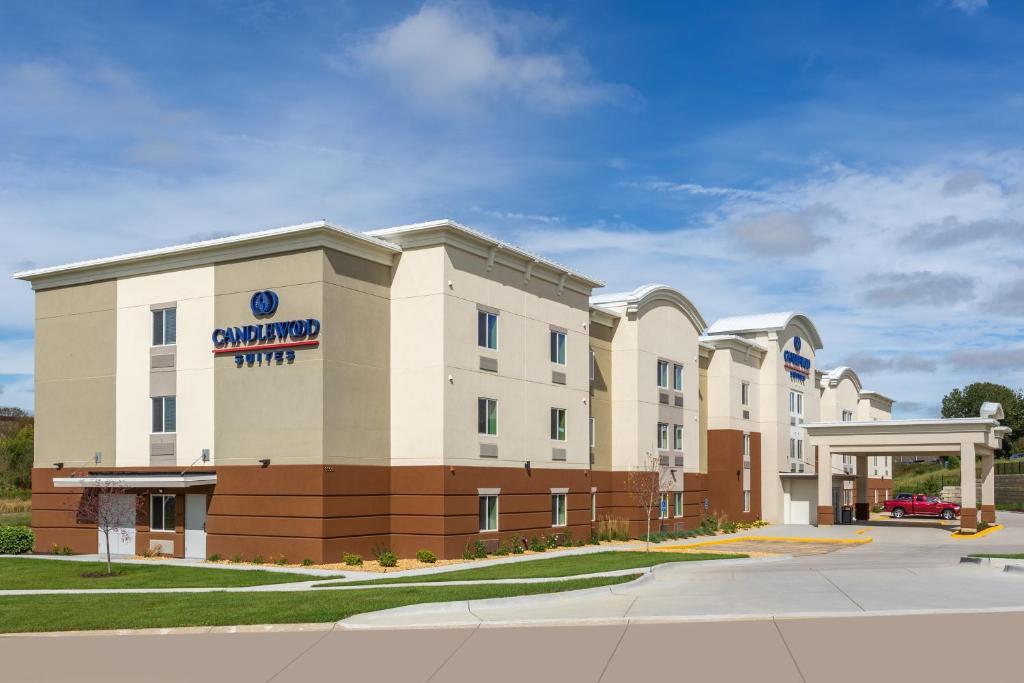 Candlewood Suites - Davenport, an IHG Hotel