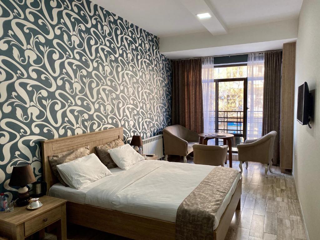 Nizami Street Hotel