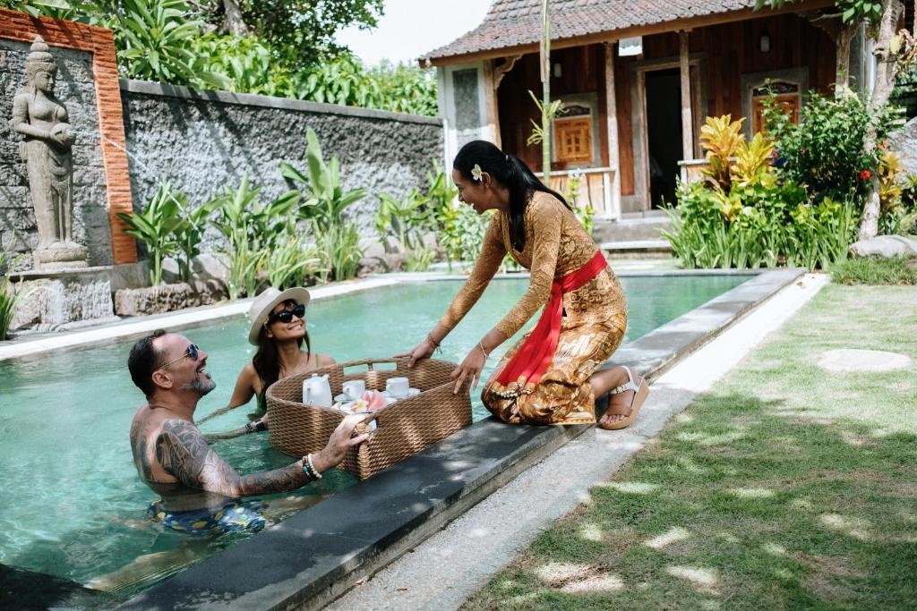 Puri Astrani Villa By Wizzela Villa In Sukawati Indonesia Wander