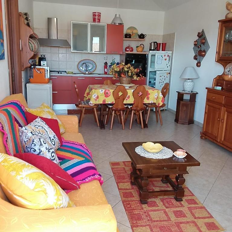 Casa vacanze Antonella Pula a 750mt dal centro. img1