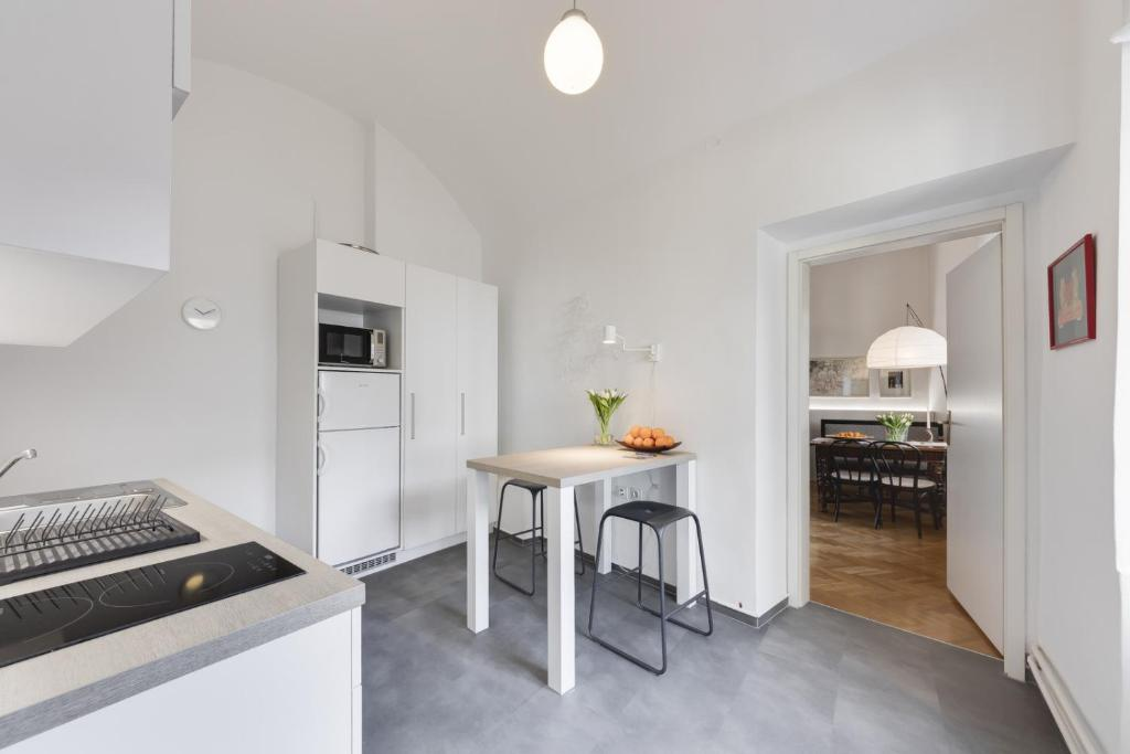 City Center Apartment with Parking