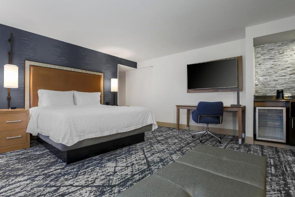 Hampton Inn & Suites Austin-Downtown/Convention Center Photo #31