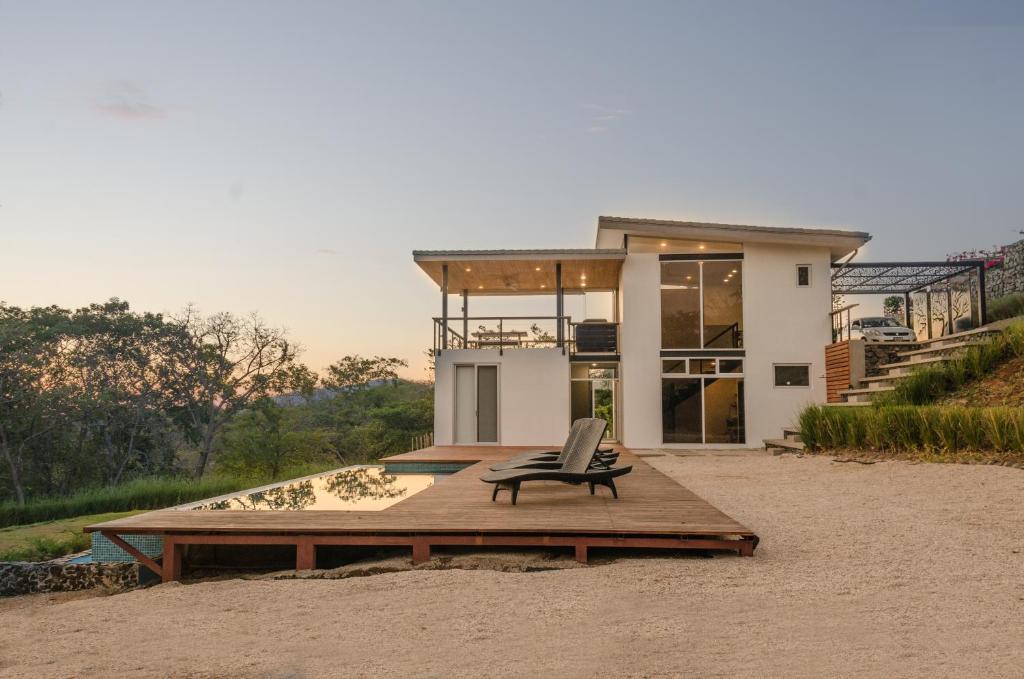 Modern Beach House With Stunning Views Sleeps 4 Guanacaste View Deal Guest Reviews