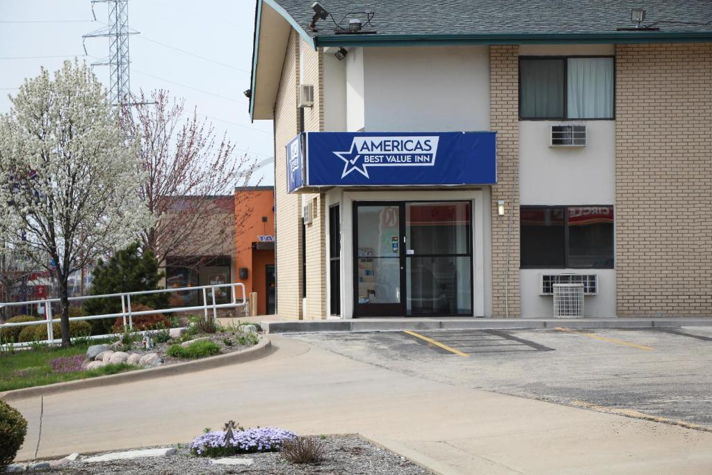 Americas Best Value Inn East Peoria