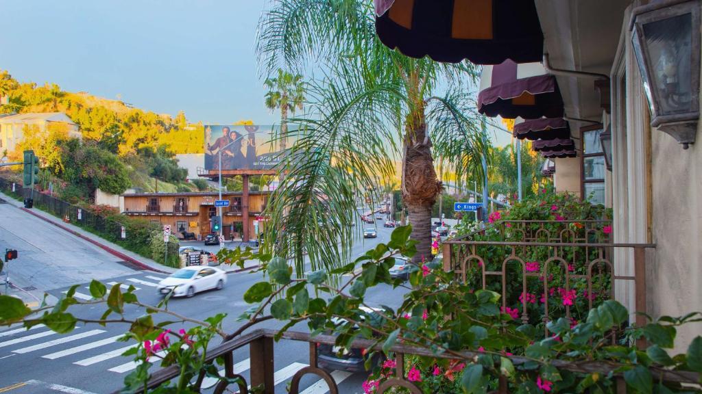 Best Western Plus Sunset Plaza Hotel Photo #41