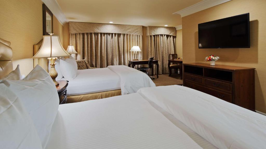 Best Western Plus Sunset Plaza Hotel Photo #44