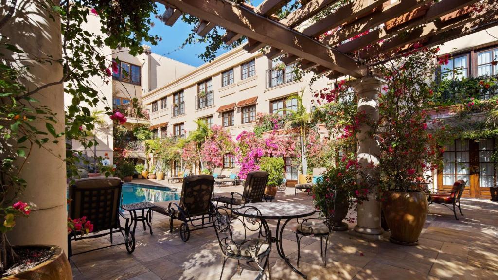 Best Western Plus Sunset Plaza Hotel Photo #52