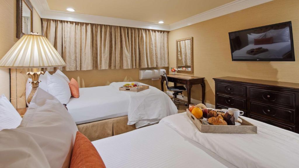 Best Western Plus Sunset Plaza Hotel Photo #55