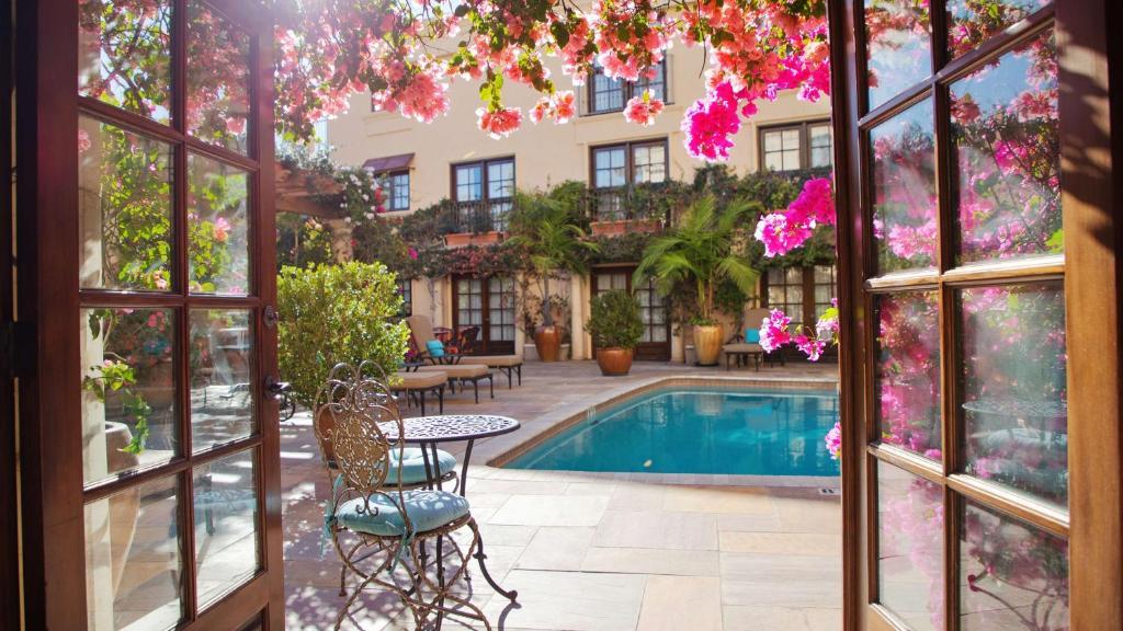 Best Western Plus Sunset Plaza Hotel Photo #60