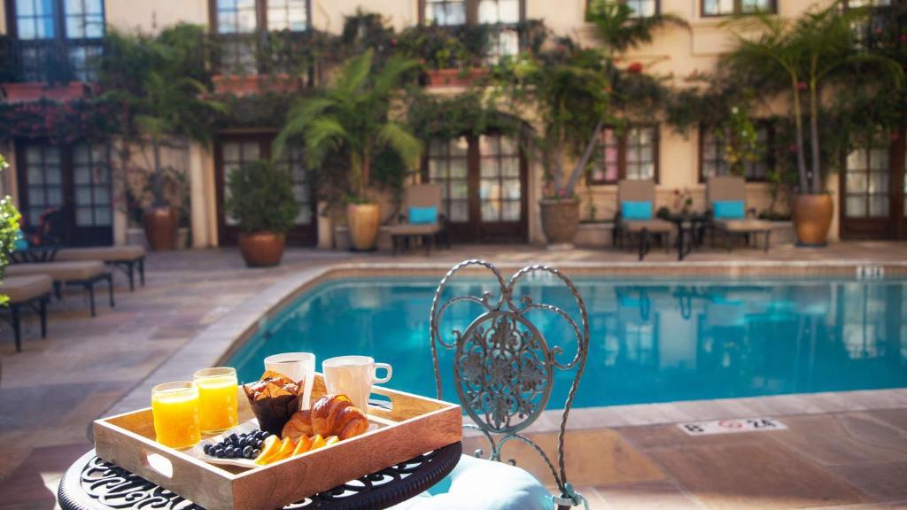 Best Western Plus Sunset Plaza Hotel Photo #62