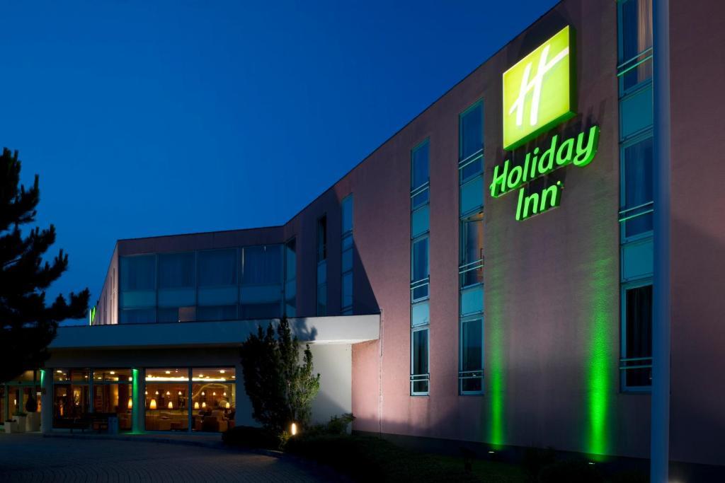Holiday Inn Budapest-Budaörs, an IHG Hotel