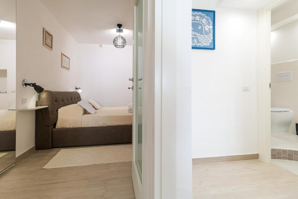 Purple Flower Suit Apartment img20
