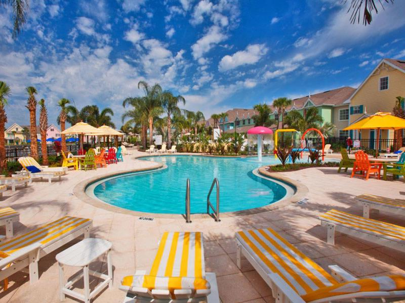 Disney On Budget - Runaway Beach Club - Amazing Contemporary 2 Beds 2 Baths Townhome - 3 Miles To Disney