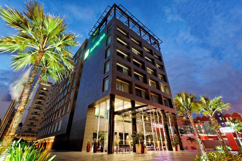 Holiday Inn Santo Domingo Hotel & Suites, an IHG Hotel