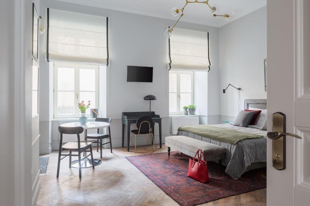 Jana 3 Apartments